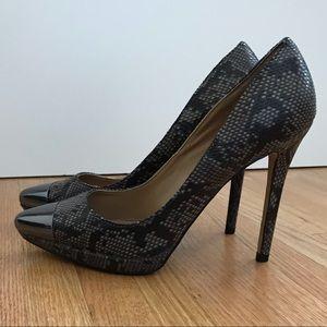 Steve Madden 7.5 snake print high heels metallic